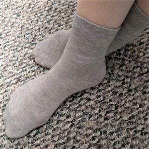 5 pair Steve Madden Crew Socks with stretch, NWT